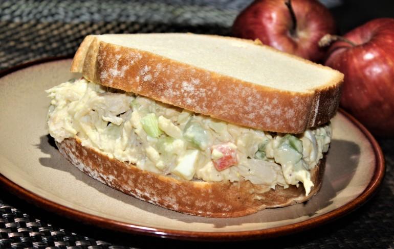 saladsanwich1